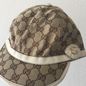 04b4e28f2419 Women s Used Gucci Hat on Poshmark